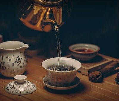 15 awesome quotes about tea.