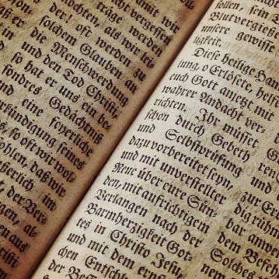 bible-1960635__480